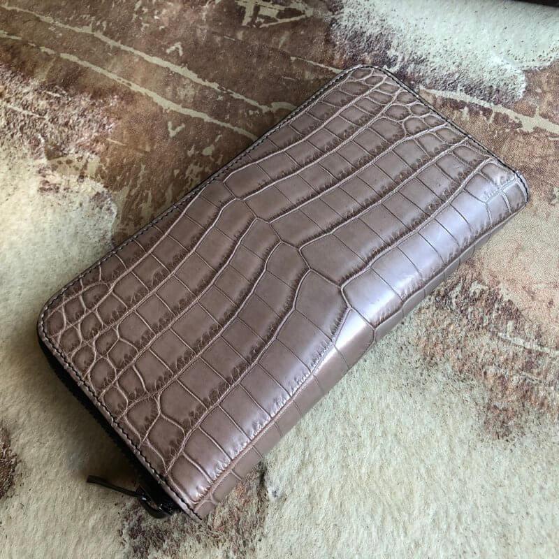 ベージュ/クロコダイル長財布